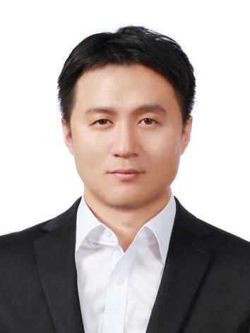 Yoo Hwajong사진